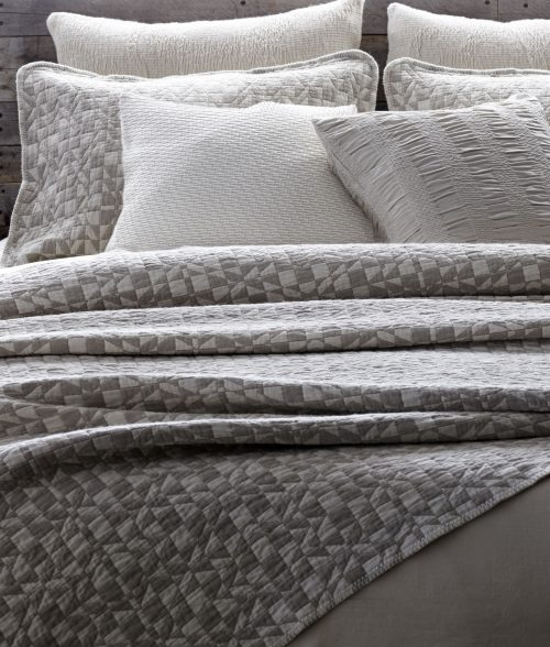 Diamond Lattice Matelessé Wool Sham