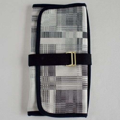 plaid closed organizer
